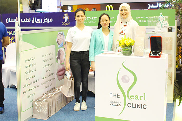 staff-at-booth-pearl-clinic-mothers-day